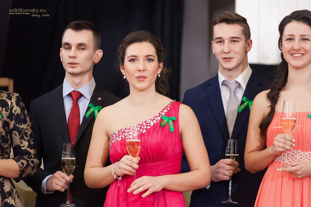 eriktibensky-eu-stuzkova-fotografie-na-maturitne-oznamenia-1018